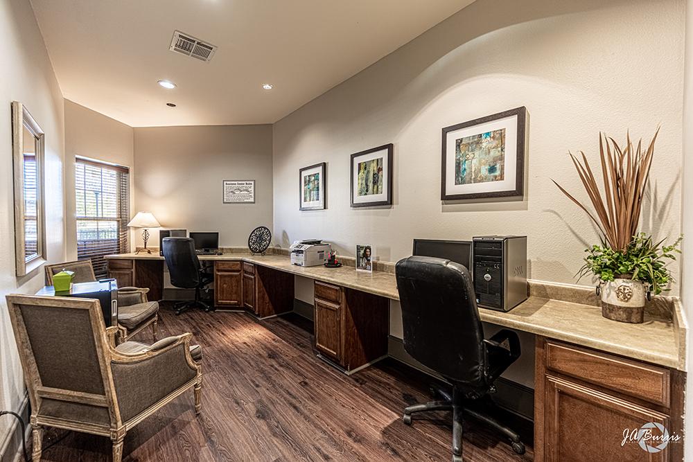 Blue Ridge Apartments business center
