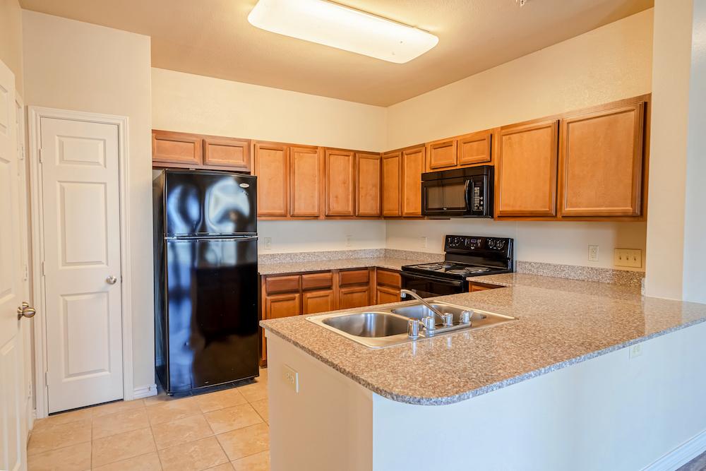 Blue Ridge Apartments kitchen
