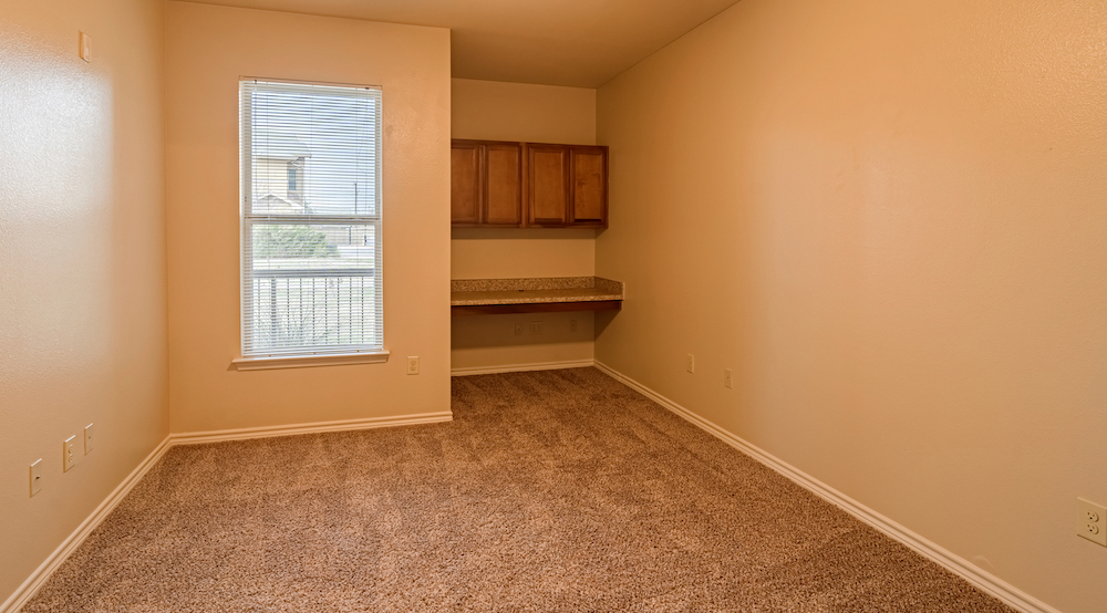 Blue Ridge Apartments book nook